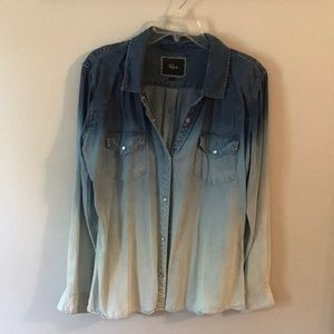 Large Soft Rails Chambray Button up